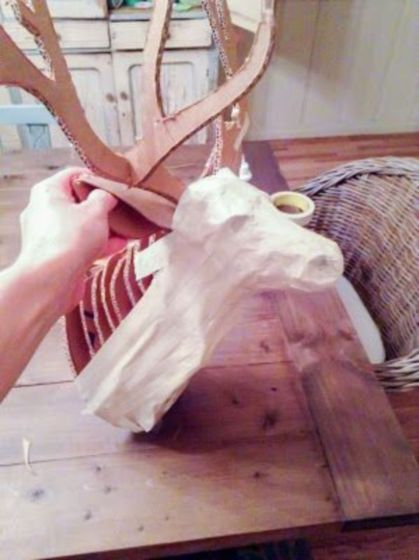 Stunning paper mache ideas for thanksgiving to decorate your home 16