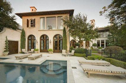 Beautiful mediterranean patio designs ideas 06