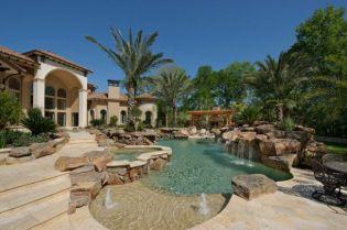 Beautiful mediterranean patio designs ideas 10