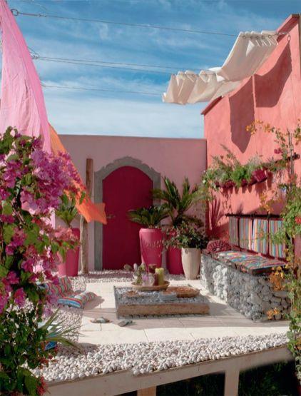 Beautiful mediterranean patio designs ideas 25