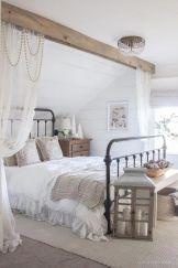 Casual vintage farmhouse bedroom ideas 28