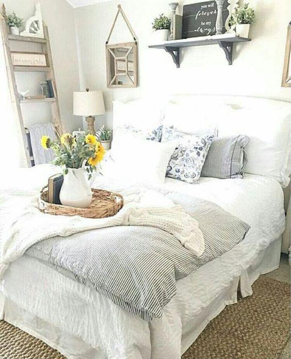 Casual vintage farmhouse bedroom ideas 43