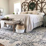 Cozy farmhouse master bedroom decoration ideas 05