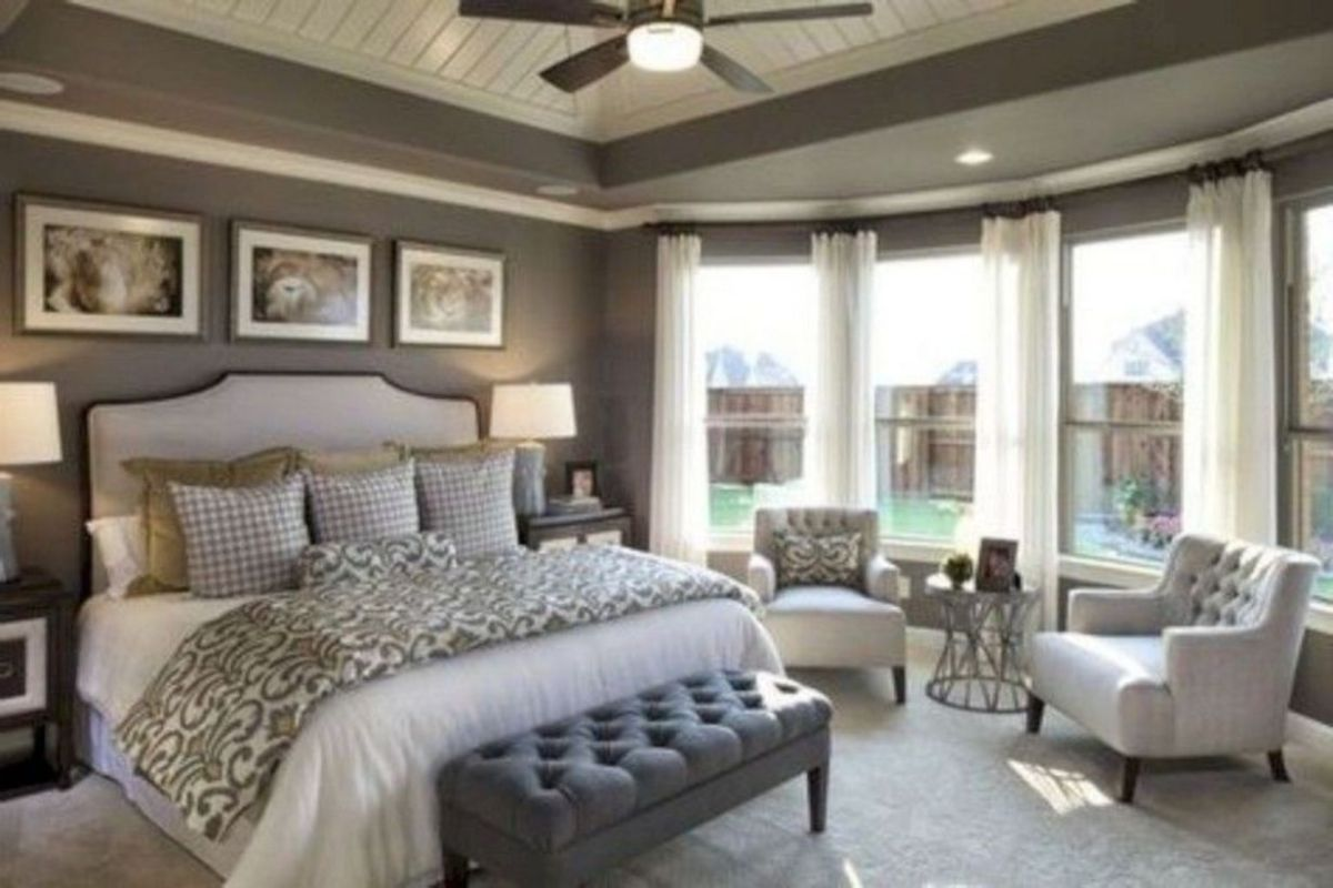 Cozy farmhouse master bedroom decoration ideas 28