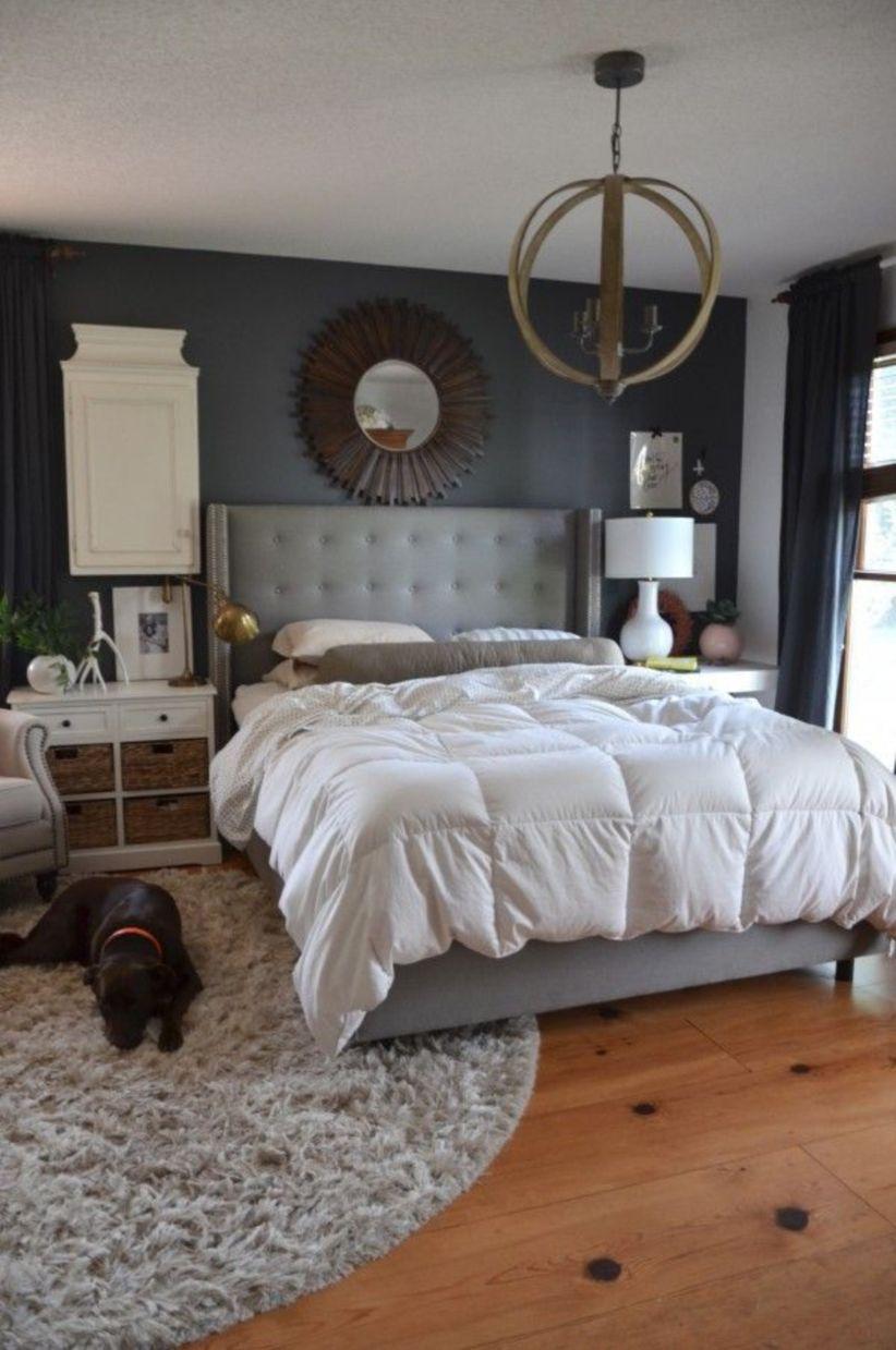 Cozy farmhouse master bedroom decoration ideas 31