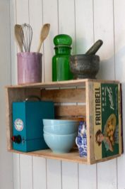 Creative ideas for repurposing old crates that are worth stealing 14