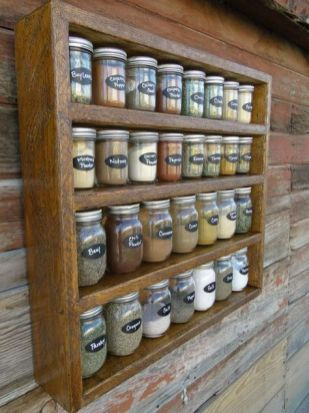 Creative ideas for repurposing old crates that are worth stealing 42