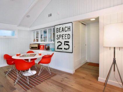 Fascinating striped walls living room designs ideas 13
