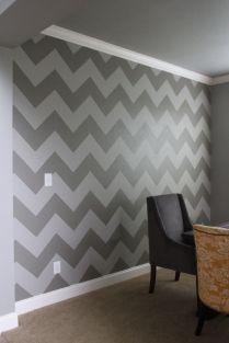 Fascinating striped walls living room designs ideas 32