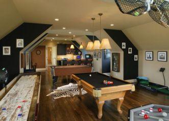 Impressive masculine game room decor ideas 38