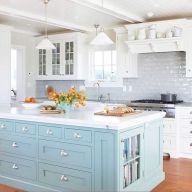 Inspiring coastal kitchen design ideas 31