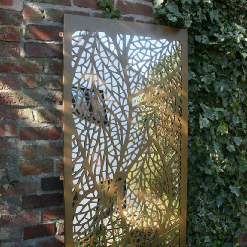Inspiring Outdoor Garden Wall Mirrors Ideas 13 Roundecor
