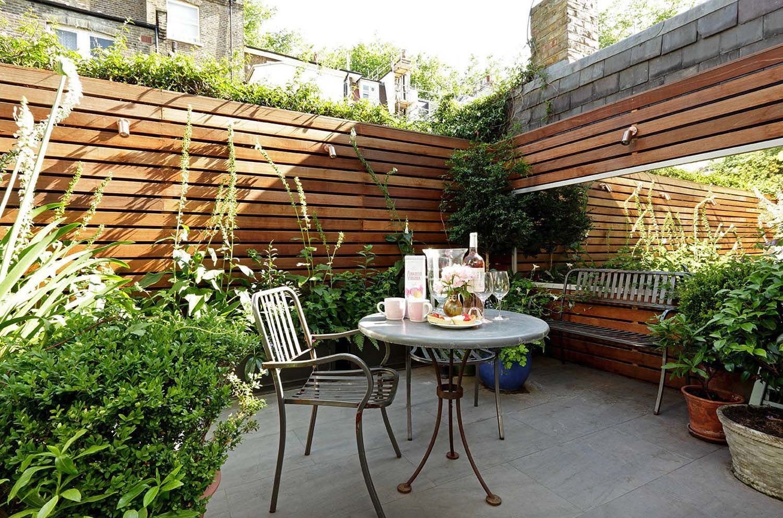 44 Inspiring Outdoor Garden Wall Mirrors Ideas