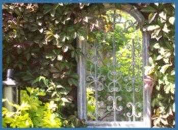 Inspiring outdoor garden wall mirrors ideas 28
