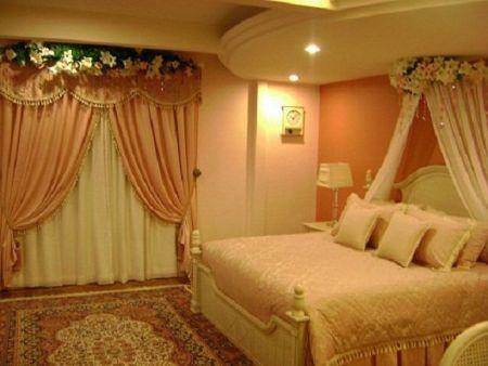 Inspiring valentine bedroom decor ideas for couples 15