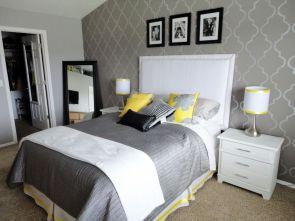 Lovely white bedroom decorating ideas for winter 30