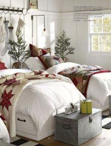 Lovely white bedroom decorating ideas for winter 43