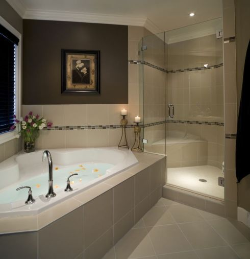 Luxurious bathroom designs ideas that exude luxury 06