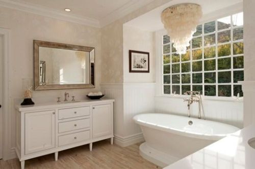 Luxurious bathroom designs ideas that exude luxury 08