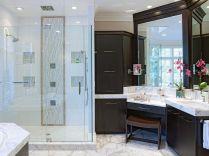 Luxurious bathroom designs ideas that exude luxury 13