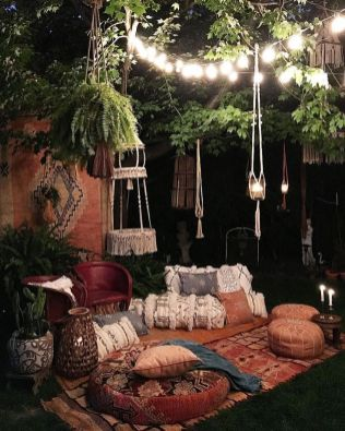 Marveolus outdoor bedroom design ideas 10