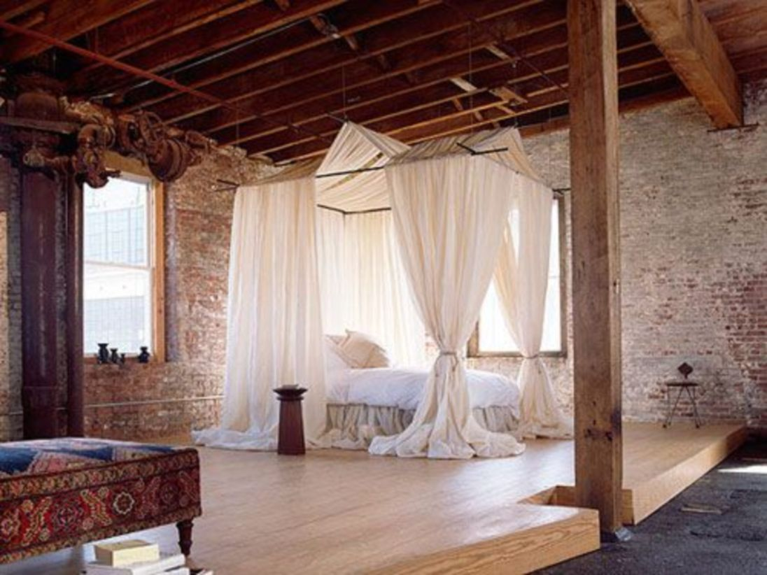Pretty bedroom designs ideas with exposed wooden beams 04
