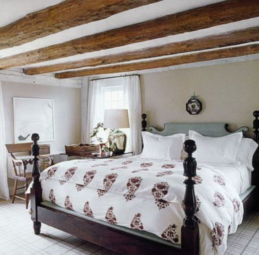 Pretty bedroom designs ideas with exposed wooden beams 30