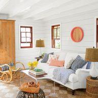 Stylish coastal living room decoration ideas 14