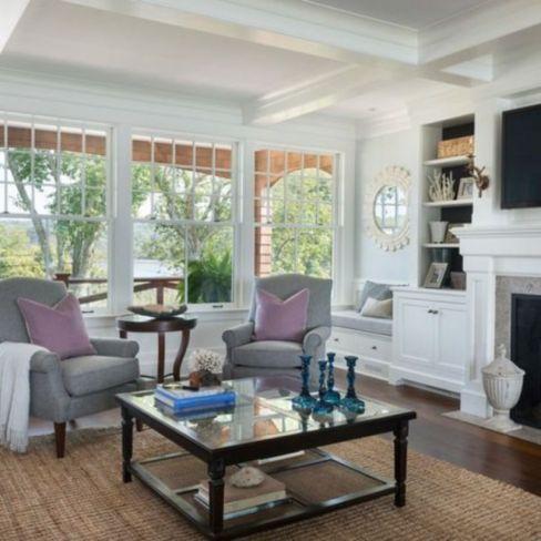 Stylish coastal living room decoration ideas 33