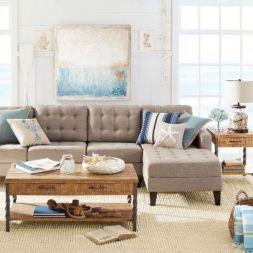 Stylish coastal living room decoration ideas 41