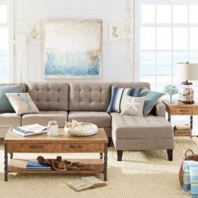 Stylish coastal living room decoration ideas 41