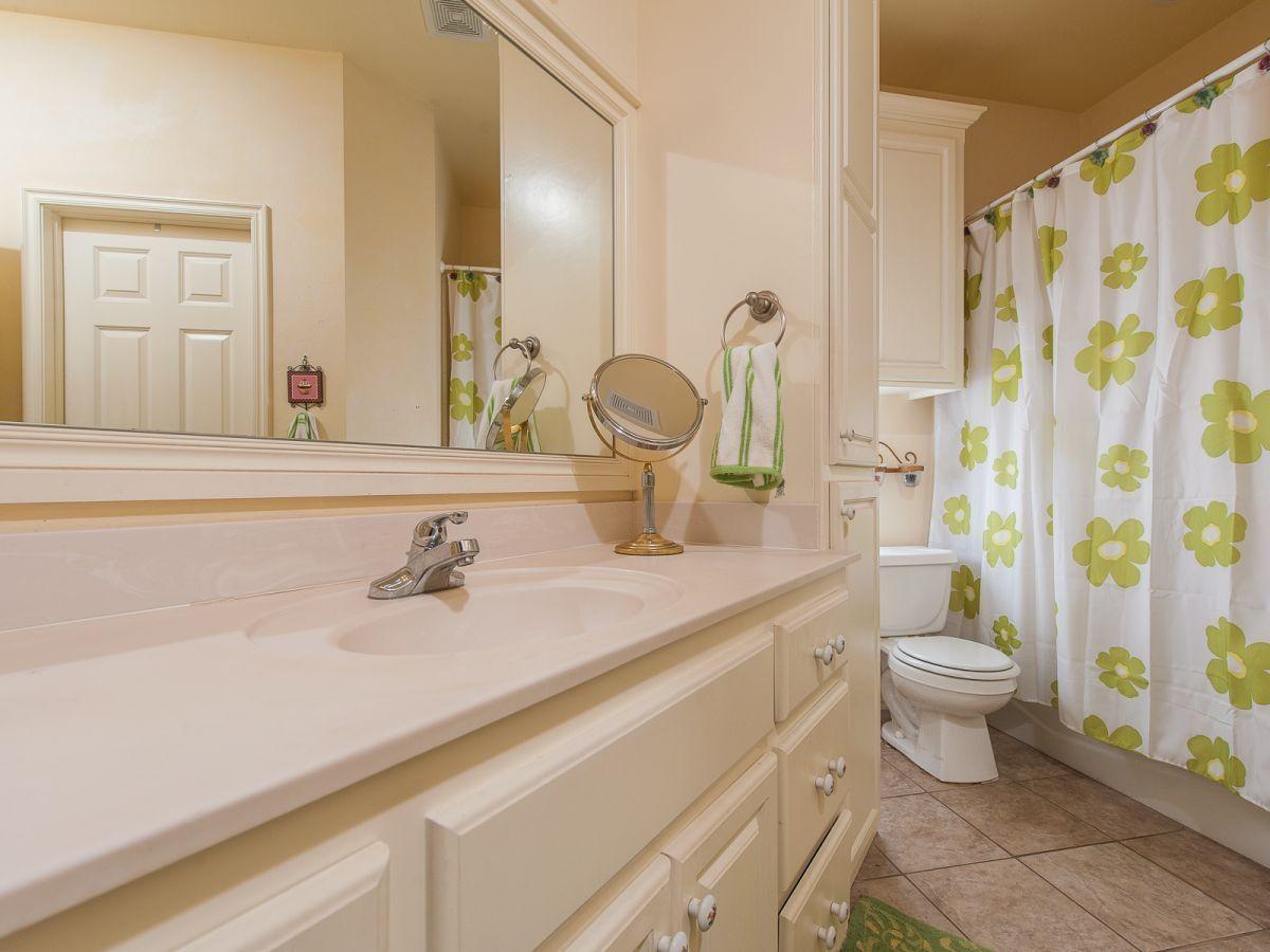 46 Amazing Bathroom Curtain Ideas For 2019