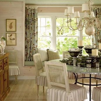 Comfy formal table centerpieces decorating ideas for dining room 24