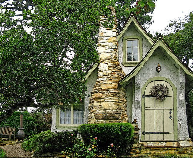 Cool small gardening ideas for tiny house 05