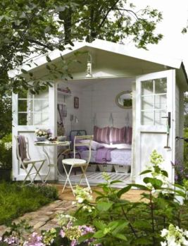Cool small gardening ideas for tiny house 30