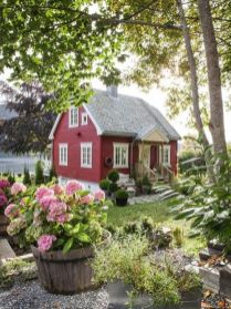 Cool small gardening ideas for tiny house 51