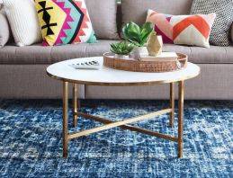 Creative coffee table design ideas for living room 31
