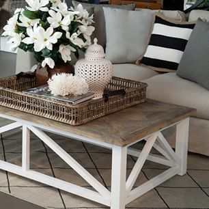 Creative coffee table design ideas for living room 38
