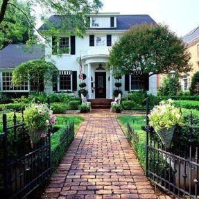 Elegant backyard landscaping ideas using bricks 34