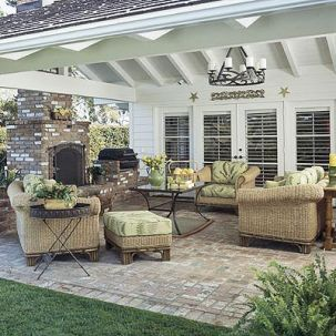 Elegant backyard landscaping ideas using bricks 36