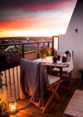 Modern small outdoor patio design decorating ideas 51