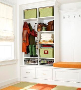 Adorable simple entryway decorating ideas for small spaces 33