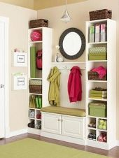 Adorable simple entryway decorating ideas for small spaces 45