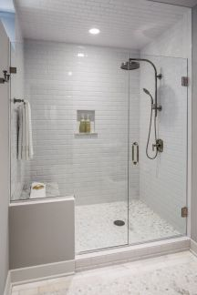 Affordable bathtub design ideas for classy bathroom 03
