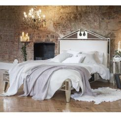 Awesome french style bedroom decor ideas 01
