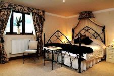 Awesome french style bedroom decor ideas 17