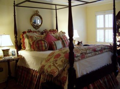 Awesome french style bedroom decor ideas 26