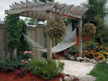 Best backyard hammock decor ideas 32