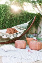 Best backyard hammock decor ideas 37