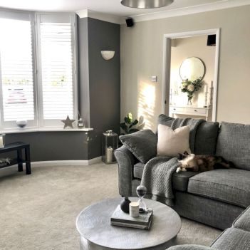 47 Charming Gray Living Room Design Ideas For Your Apartment Round